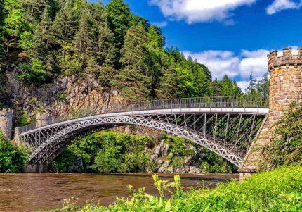 Πίνακας σε καμβά γέφυρα από ατσάλι και πέτρα